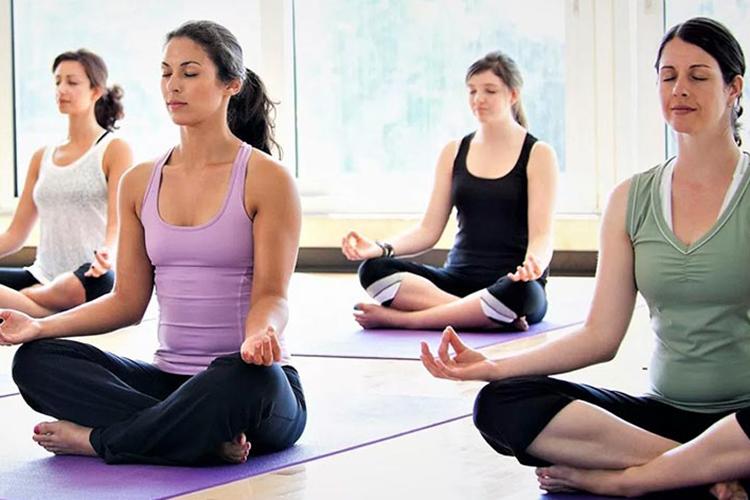 Certificate-Course-Yoga-Trainer